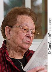lire, personne agee, quand, citoyen