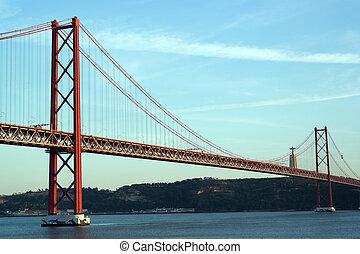 lisboa, 25 de abril puente, portugal