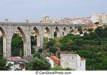 Lisbon Aqueduct 01