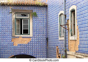 Azulejos - traditional Portugese tiles in Lisbon. Abandoned ruin.