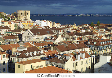 overview of the old part of lisbon