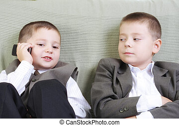 Listening phone talk