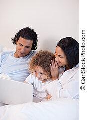lit, ordinateur portable, famille, séance
