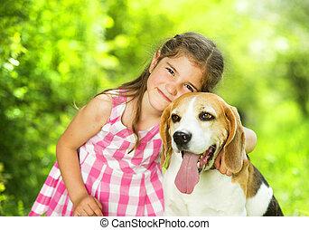 liten flicka, hund