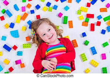 liten flicka, leka, med, färgrik, kvarter