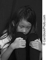 liten flicka, lidande, mobbing