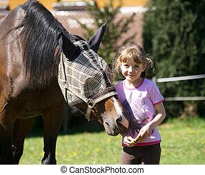 liten flicka, med, häst