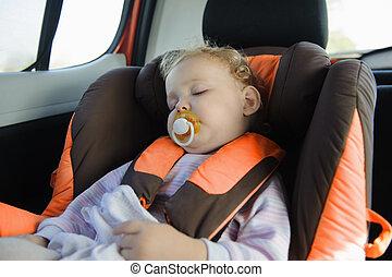 liten knatte, flicka, sova, in, baby bil sittplats