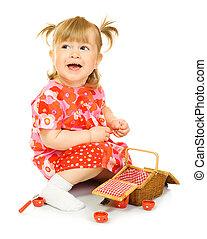 liten, leende baby, in, röd klä, med, leksak, korg, isolerat