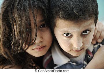 liten syster, bror, dålig, fattigdom, smutsa ner, betingelse