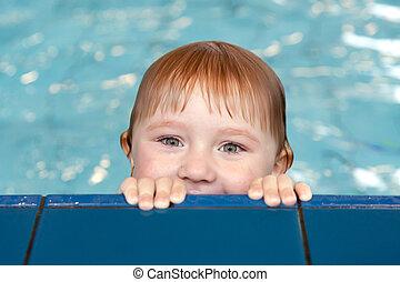 litet barn, slå samman, simning