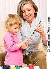litet, lek, farmor, måla, handprints, flicka