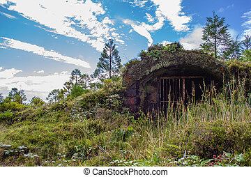 little abandoned bunker next to Lagoa Rasa, Sao Miguel ...