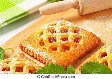 Little apricot pies - Little lattice-topped pies with ...