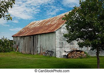 Little barn during fall season
