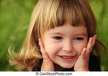Little girl feel shy