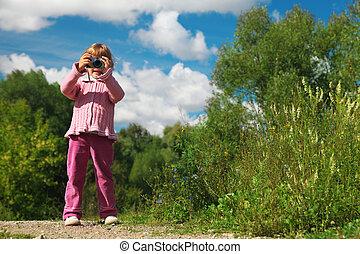 little girl  photographs outdoor full body