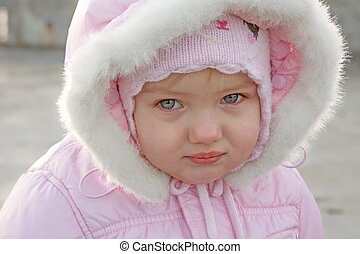 little girl portrait close up outdoor