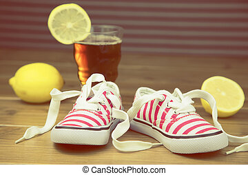 little girl sneakers