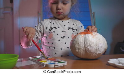 Little kid girl painting crafts at home - Little kid girl ...
