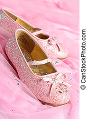 little princess shoes - little girl's pink sparkly make ...