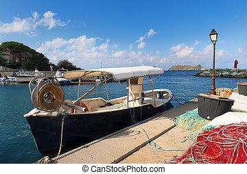 Little village Barcaggio at Cap Corse on French island ...