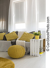 Living room with energetic yellow details - Light new style...