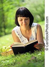 livre, femme, herbe, jeune, lecture