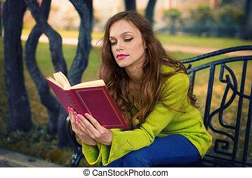 livre, femme, parc, jeune, lecture