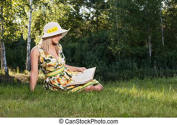 livre, jeune, parc, lecture, femme