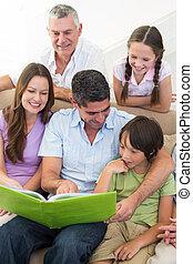 livre, multigeneration, famille, lecture