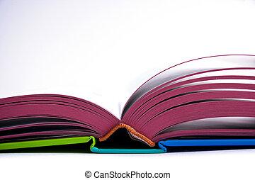 livre ouvert, conception
