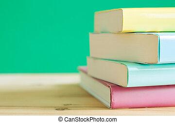 livres, bureau, bois
