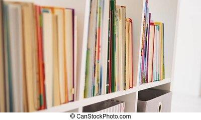 livres, rang, dépassement