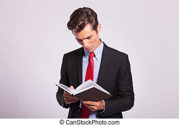 livro, negócio, jovem, leitura, homem