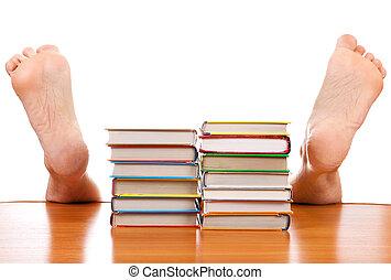 livros, caído, homem