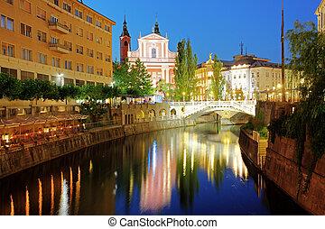 ljubljana, puente, noche, triple, eslovenia