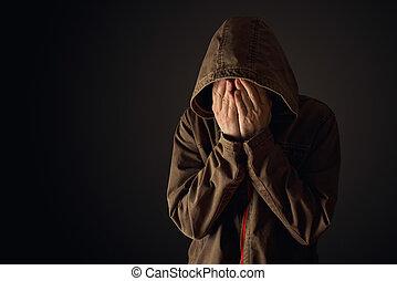 llanto, hombre, chaqueta encapuchada, depresivo