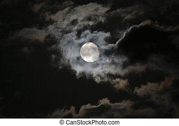 lleno, nubes, misterioso, cielo, contra, luna, negro, noche...