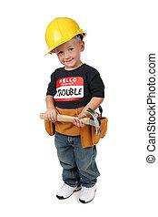 llevando, niño, martillo, duro, toolbelt, tenencia, sombrero