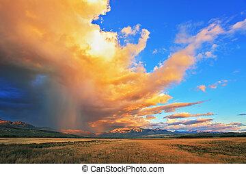 lluvia, corrientes, ser, brillado, con, luz anaranjada