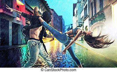 lluvia, joven, perseverante, practicar, bailarines
