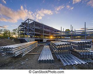 local construção, em, pôr do sol