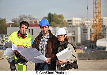 local construção, trabalhando, tripulação
