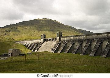 Loch Lyon Dam 1 - The Hydro Electric Power Dam at Loch Lyon...