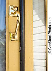 Lock and handle door