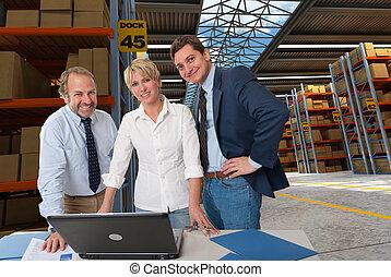 Logistics experts