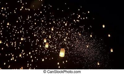 Loi Krathong Festival Timelapse wideshot