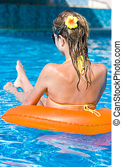 loiro, menina, piscina, natação