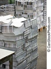 loja, aparando, paperback., poste, impressão, -, linha., corte, machine:, imprensa, linha, acabamento